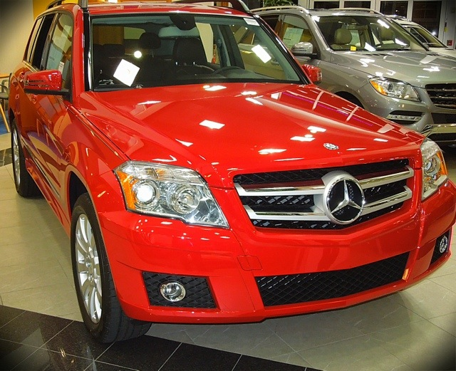 The glk350 comfort agility reliability and the luxury for Mercedes benz glk350 reliability